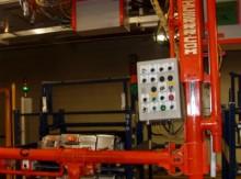 Automatización de brazos instalador de baterías hibridas